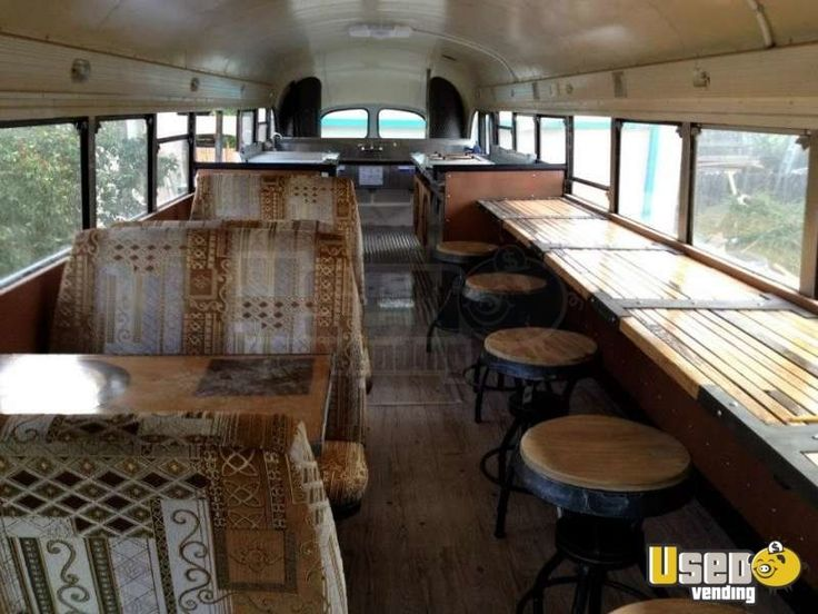 Crown Coach Mobile Restaurant Food Truck | Restaurant on Wheels