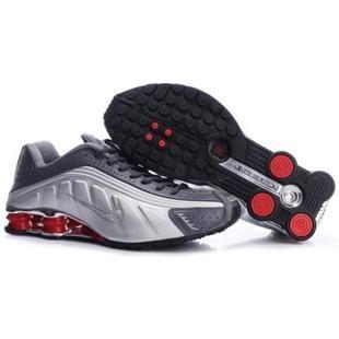 104265 065 Nike Shox R4 Grey White J09118