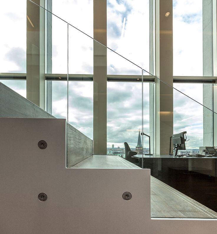 Indvendige glas herunder brandsikrings-, sikkerheds- og værnglas samt glaspartier til atriumløsning.