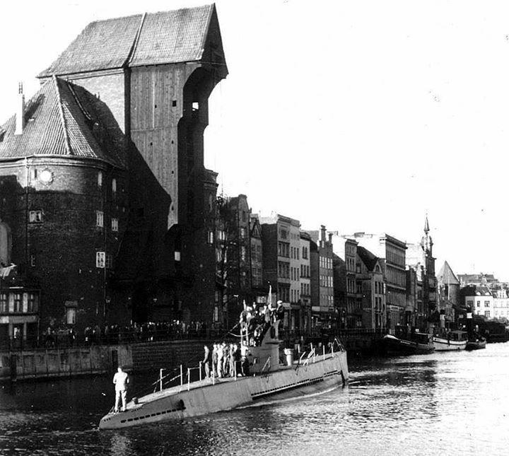 U-142 - 17.10.1940 | < 1,7´ D (charkow) https://de.pinterest.com/sabineschn/cities/