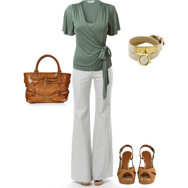Summer Weekend Outfit; so cute... except I am terrified of white pants before Memorial day...