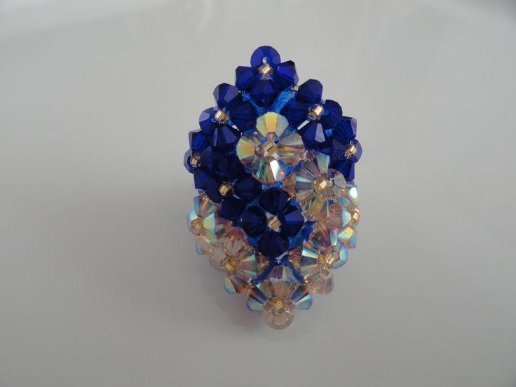 Bague bleue et or deux carrés entrelacés en perles de cristal Swarovski : Bague par perles-and-pinpin