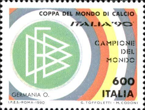 """1990 - Germania Campione della Coppa del Mondo di Calcio """"ITALIA '90"""" -  scudetto della Germania Occidentale, vincitrice del Campionato Mondiale di Calcio e colori della sua bandiera."""