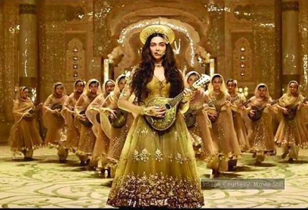 Deepika reacts to the 'Pinga' controversy!