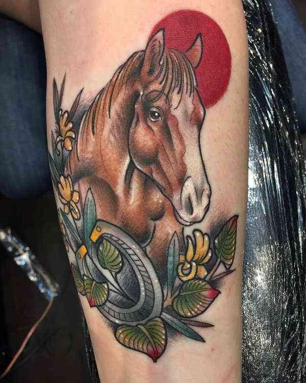 Tatuaż Koń Znaczenie Symbolika 40 Zdjęć Pomysł Na