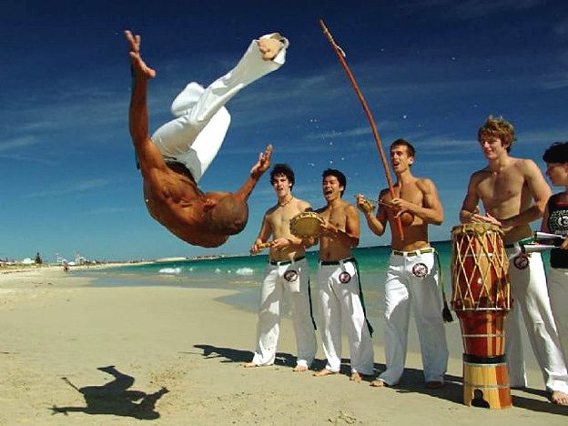 Capoeira Martial Ufc Dance Fight Arts Regional Capoeira Fight Mma Bahia Berimbau Solit Kick Art Belt Bo Capoeira Capoeira Movimentos A Capoeira