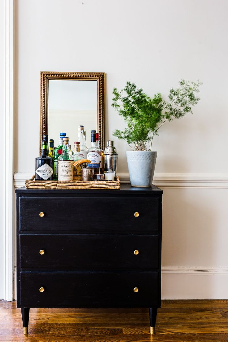 """""""I wanted the inside of our apartment to feel like a continuation of the outside: old and new in harmony, plants and flowers lovingly tended, and unique items peppered throughout that pique your curiosity and make you want to tuck in and stay a while."""""""