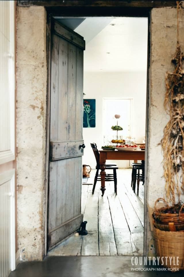 Country Style magazine. A gentle restoration brought new life to a stone cottage and garden near the Derwent River in Tasmania. Photography Mark Roper, styling Leesa O'Reilly. ‪#‎countrystylemag‬ #countrycottage #diningroom