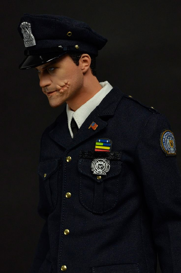 [MOM-0001] MOMTOYS Buffoon Police Accessory for 1:6 Scale Action Figures - EKIA Hobbies