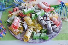 Ecco a voi la ricette per preparare le stelle filanti dolci, un dolcetto di Carnevale allegro e colorato che farà impazzire i vostri bambini con il suo