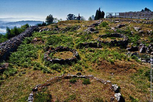 Citania_de_Santa_Luzia_viviendas_circulares  http://turismoenportugal.blogspot.com