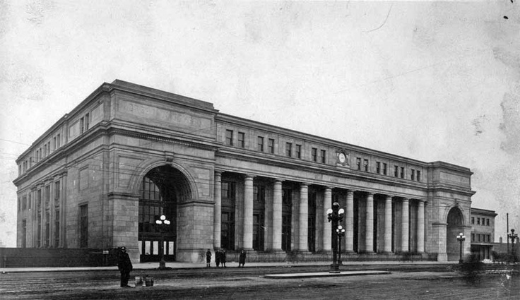 Great Northern Railway Station in Minneapolis.  When I attended De La Salle High School, we always walked through the station in the winter when it was cold outside to warm up on our way to Downtown.  Also at fries, drank cokes, and smoked at the Golden Rail restaurant with MJ and Flo.