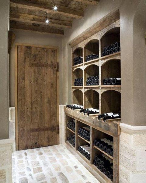 Kaarsjes aan, hapje en een wijntje..Lovely evening all!✨..#homeinspiration #landelijk #stijlvolwonen #interior #interieur #notmypic #caveavin #decoration #sfeer #wijnkelder #vin #interiorinspiration #sfeervolwonen #winecellar #interiorstyling #home  #rustic #wooninspiratie #homestyling #styling #winetime #saturdayevening