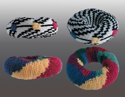 Mathematical Fiber Arts: Seven-Color Tori