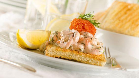 En riktigt god Skagenröra måste vara bland det godaste som finns! Även briochebröd! Så varför inte göra en galet god macka helt enkelt? Vilken är din favoritmacka?