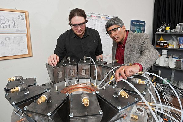 A doctoral student at the University of Delaware has developed a prototype for a self-sustaining, emissions-free solar reactor that produces hydrogen fuel.