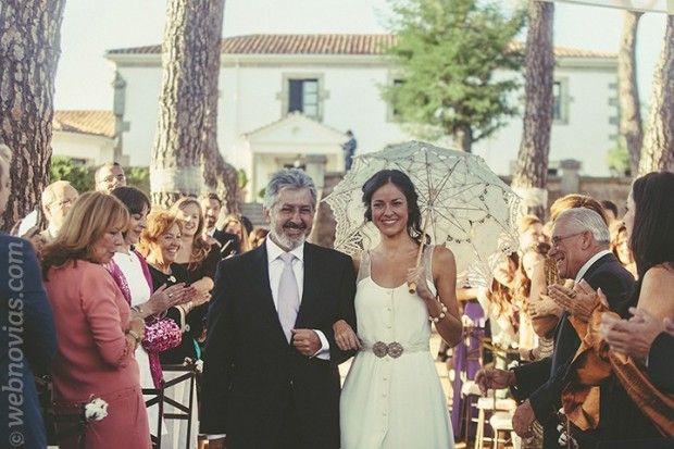 Dalia y Alejandro, boda en plena naturaleza. http://www.webnovias.com/