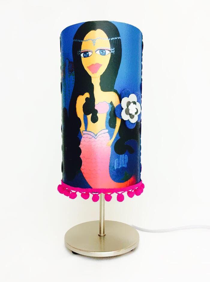 Lámpara. Modelo Sirena