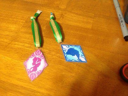 DIY:アナとエルサの紋章ネームプレート