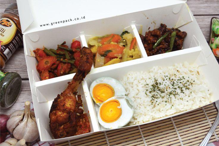 Dus Makanan Greenpack tipe 5C-2314, Cocok digunakan untuk nasi campur, nasi kotak, nasi padang, bento, dll. Untuk informasi lebih lanjut atau pemesanan dapat mengunjungi website kami di : http://www.greenpack.co.id/