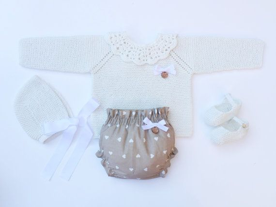 Baby Clothing Set: Sweater Collar Bloomers by MarigurumiShop