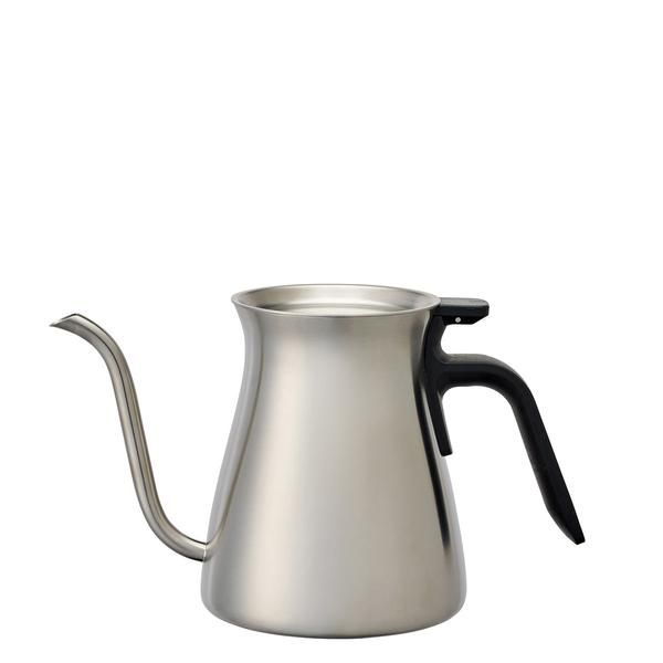 Narrow and gently curving spout allows precise control over the pour position, volume, and speed of water. Gently curving contour of the kettle allows smooth po