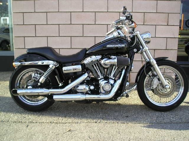 Harley Davidson Dyna Super Glide FXDC. You will be mine, oh yes. You will be mine.