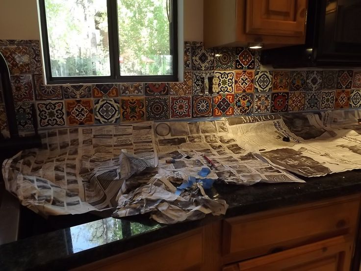 Mexican tile kitchen backsplash diy how to do stuff for Spanish style kitchen backsplash