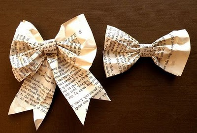 Paper Bows for my xmas tree...I used an ancient, yellowed Agatha Cristie novel. Not very christmasy, but I'm hoping people won't try to READ my bows!
