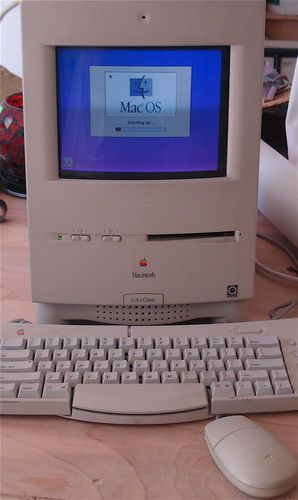 Apple Macintosh Color Classic Computer.