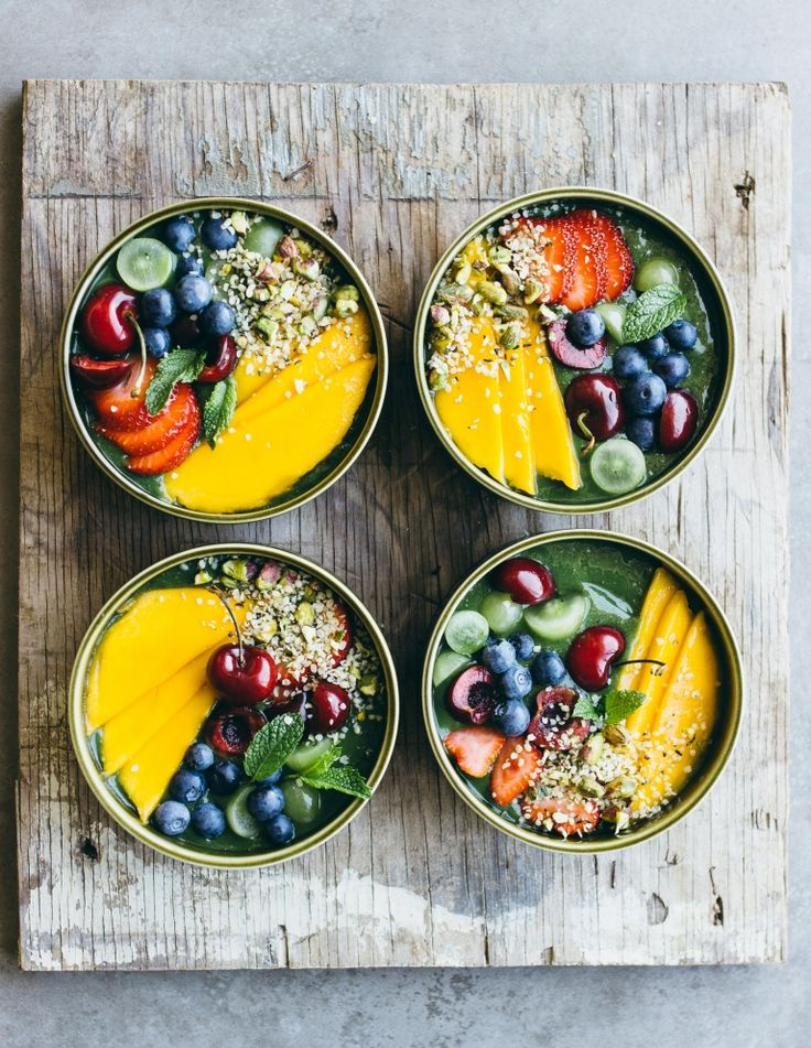 green smoothie bowls with summer fruit, pistachios & hemps seeds