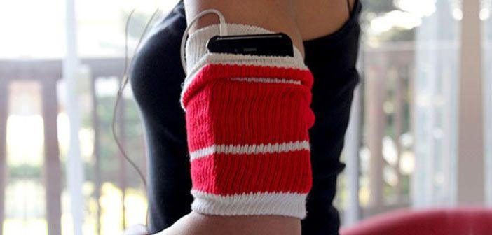 Telefon Koymak İçin Çoraptan Kol Bandı