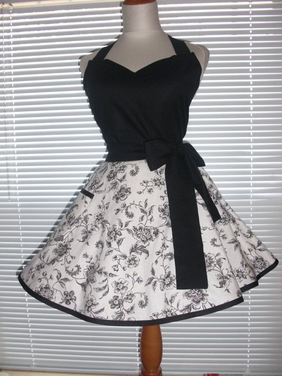 Black Retro Apron Classy Little Black Apron Toile with Black Circular Skirt