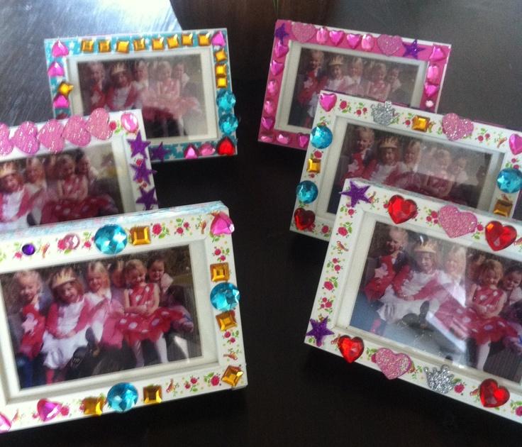 Kinderfeestje Sophie: zelf fotolijstje versieren. Zo cute