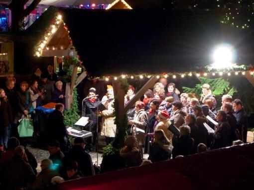 ...himmlische Chöre auf dem Weihnachtsmarkt