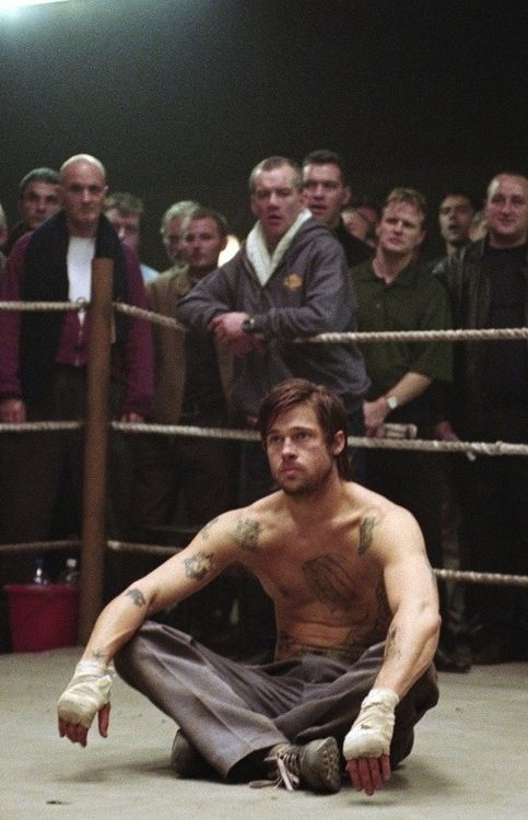 Snatch - The story about a diamond, a dog, and bare-knuckle fighting pikey who speaks complete gibberish