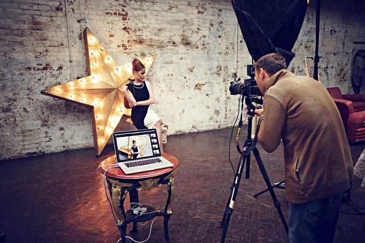Gwiazdorska obsada - piękna modelka, doskonały fotograf oraz nasza nowa kolekcja! #Backstage #QSQ #Photo #Photography #Model #Star #WIP #WorkInProgress