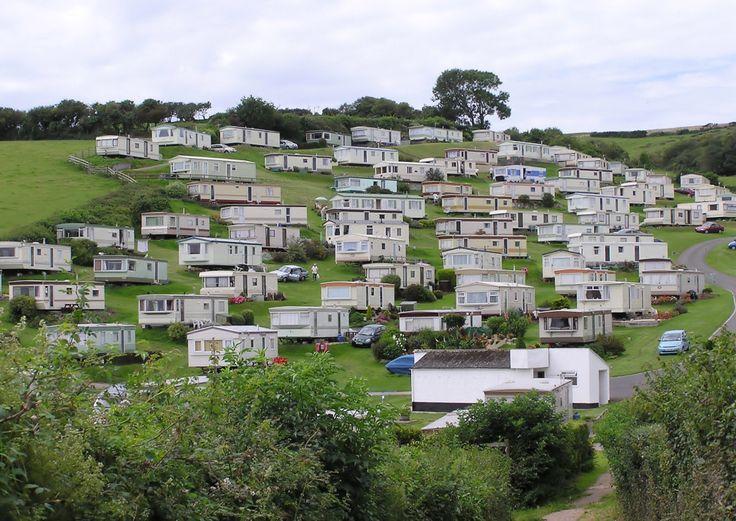Mobilné domy: dostupné bývanie aj bez hypotéky Užitočné informácie o bývaní v takomto dome si nenechajte ujsť v našom článku :)