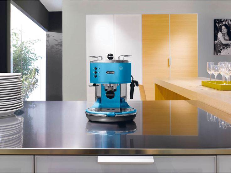 Máy pha cà phê Delonghi ECO 310.B + Free Moka. Xem thêm tại:  http://www.sachcoffee.vn/san-pham-coffee/may-pha-ca-phe/delonghi/delonghi-bco-310.b.html