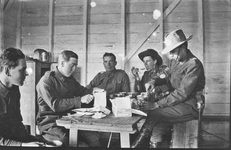 Sharing Australian soldiers having a meal during 1917 at Living Histories