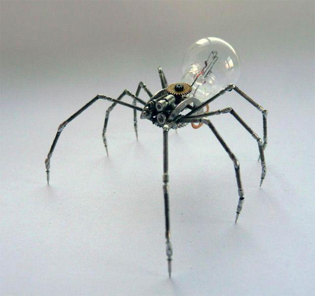 T  Mechanical Arthropods and Insects Made from Watch Parts and Light Bulbs  ..klik door voor meer voorbeelden op site