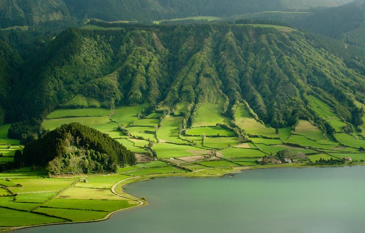 SETE CIDADES, Azores, Portugal. http://www.visitazores.com/en/the-azores/the-9-islands/sao-miguel/fundamental-facts | Photo: © 2008 Jorge Cardoso @ Tumblr. http://8101.tumblr.com/post/22668480994