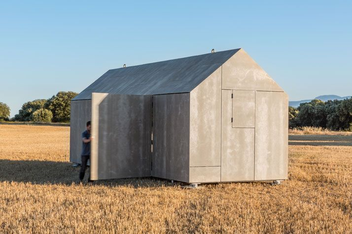 YESSSSS  The Ideal Portable House By ÁBATON Architects   Yatzer