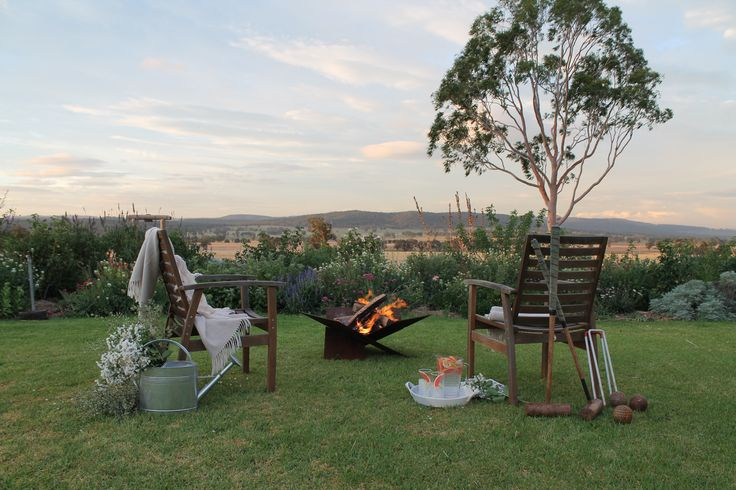 Escape to a country with a Fire-Away fire pit this weekend. Enjoy the fresh country air and settle in for an evening star gazing in front of the fire.  www.fire-away.com.au