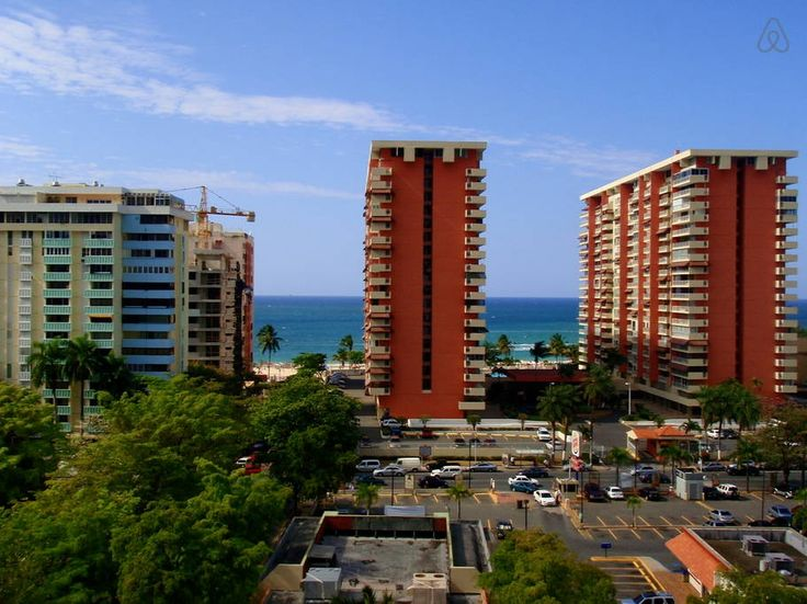 Apartment in Carolina, Puerto Rico. Welcome to my lovely, newly rennovated Isla Verde beach condo! Not only is it literally across the street from the popular Isla Verde Beach, it's also walking distance from some of the best hotels and restaurants the area has to offer! The apartme...
