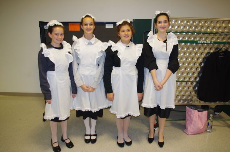 Aprons for the Annie Jr. musical