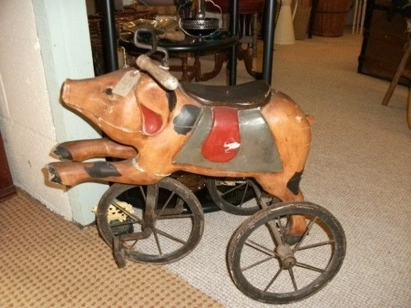 BarnAntique.co.uk :: Tricycle pig