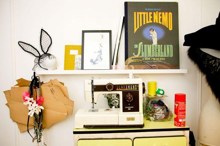 Decoration bureau de travail design d 39 int rieur et id es for Decoration bureau travail
