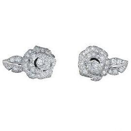 Christian Dior diamond earring