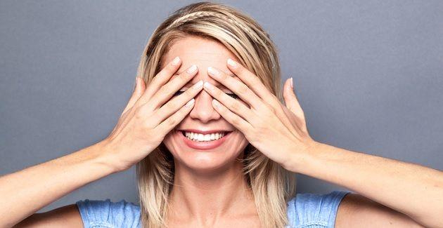 Als jij het merendeel van de dag achter een scherm zit, is de kans groot dat je aan het einde van de dag last hebt van vermoeide ogen.